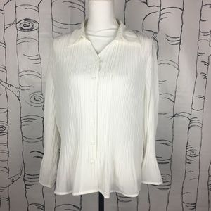 Investments 16 Ivory Chiffon Crinkle Top Bell Slv
